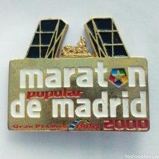 Pins de colección: PIN MARATÓN POPULAR DE MADRID 2000. Lote 167562961