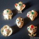 Pins de colección: LOTE 6 PINS CON BROCHES DE MASCARAS VENECIANAS DIFERENTES. Lote 168686344