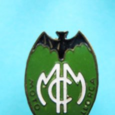 Pins de colección: INSIGNIA MOTO CLUB MALLORCA, SIN FECHA.. Lote 170177448