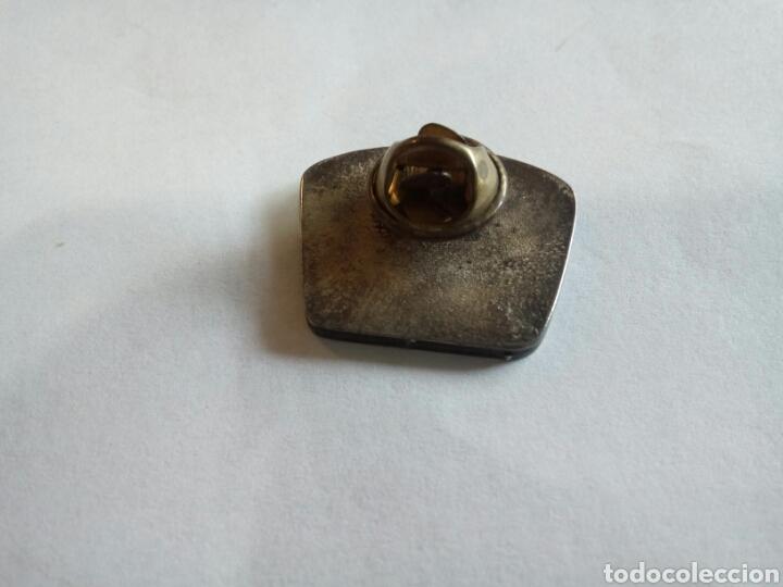 Pins de colección: PIN POLICÍA LOCAL ILLES BALEARS - Foto 2 - 170824585