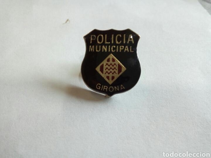 PIN POLICÍA MUNICIPAL GIRONA (Coleccionismo - Pins)