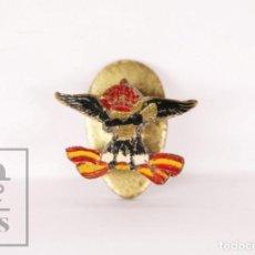 Pins de colección: RARA INSIGNIA DE SOLAPA / OJAL - ESPAÑA. ÁGUILA, CORONA Y BANDERA - MEDIDAS 16 X 12 MM. Lote 171094522