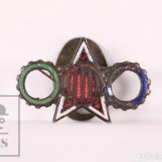 Pins de colección: RARA INSIGNIA ESMALTADA GUERRA CIVIL - CATALUÑA / ESTRELLA ROJA, RUEDAS DENTADAS VERDE, AZUL, ROJO. Lote 171098864