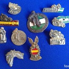 Pins de colección: LOTE PINS MOTOS CAMPEONATO DE JEREZ. Lote 147937502