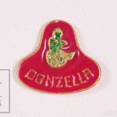 Pins de colección: PIN PUBLICITARIO - RESTAURANTE DONZELLA, BADALONA ? - FONDO ROSA / SIRENA - MEDIDAS 20 X 18 MM. Lote 171494728