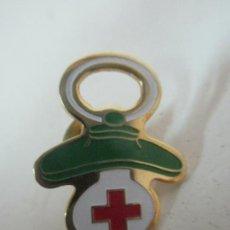 Pins de colección: PIN CHUPETE, CRUZ ROJA. Lote 171555008