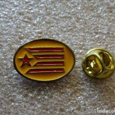 Pins de colección: PIN DE TURISMO BANDERAS. CATALUÑA. Lote 171702388