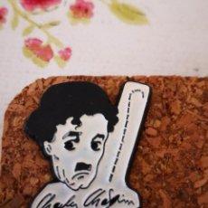 Pins de colección: PIN. TEMA CHARLES CHAPLIN COLECCIONABLE. Lote 171726102
