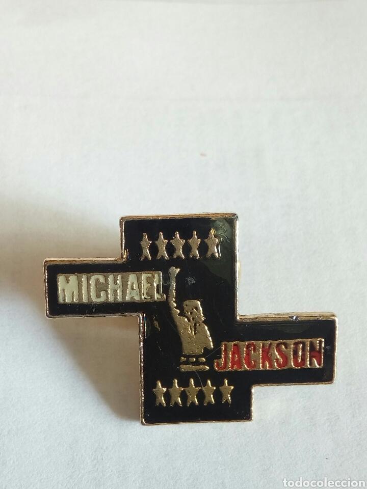 PIN DE MICHAEL JACKSON (Coleccionismo - Pins)