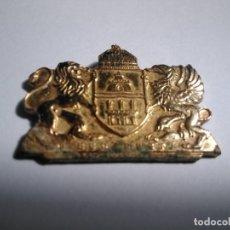 Pins de colección: PIN BUDAPEST (OXIDADO Y PUA ROTA). Lote 175726722