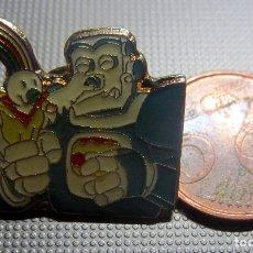 Pins de colección: PIN EXPO 92 CURRO ROBOT EXPOSICION UNIVERSAL SEVILLA 1992. Lote 175893999
