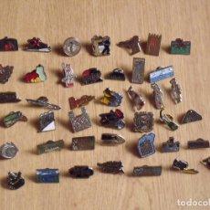Pins de colección: LOTE 42 PINS. COMARCAS DE CATALUNYA. CATALUÑA. DIARIO EL PAÍS. BUEN ESTADO. COLECCIÓN COMPLETA.. Lote 176811915