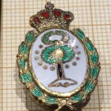 Pins de colección: PIN ANTIGUO DE OJAL CON PRECIOSO ESMALTES, DESCONOZCO QUÉ PERTENECE. Lote 177033994