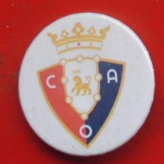 Pins de colección: ESCUDO DEL OSASUNA. CHAPA NUEVA DE 37 MM. Lote 177084249