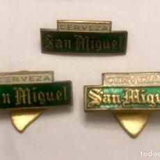 Pins de colección: 3 ANTIGUAS INSIGNIA SOLAPA CERVEZA SAN MIGUEL DISTINTAS. Lote 177289034