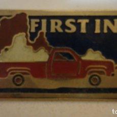 Pins de colección: PIN -FIRST IN 25- EN PERFECTO ESTADO. Lote 177470229