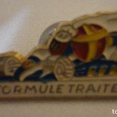Pins de colección: RARO Y ORIGINAL PIN DE FRANCES - FORMULE TRAITEUR - FORMULA DE TRACTORES.. Lote 177470754