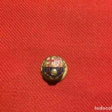 Pins de colección: ANTIGUO PIN DE FUTBOL CLUB BARCELONA BARÇA DE LOS AÑOS 50 . Lote 177520559