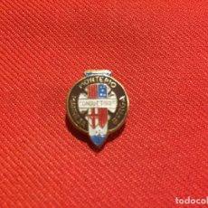 Pins de colección: ANTIGUO PIN MONTEPIO DE CONDUCTORES MANRESA BERGA DE LOS AÑOS 60 . Lote 177520710