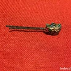 Pins de colección: ANTIGUO PIN / AGUJA DE CORVATA CON MOTIVO FLORAL AÑOS 60 . Lote 177521032