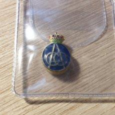 Pins de colección: INSIGNIA - RACC - REAL AUTOMÓVIL CLUB DE CATALUÑA. Lote 178151748