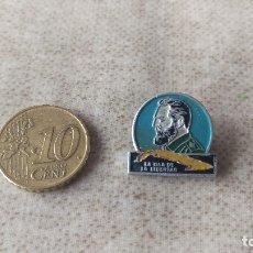 Pins de colección: INSIGNIA FIDEL CASTRO AÑOS 70. Lote 178153023