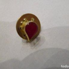 Pins de colección: PIN GOTA DE SANGRE DONANTE. Lote 178299491