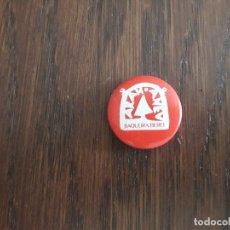 Pin's de collection: CHAPA DE PUBLICIDAD, BAQUEIRA BERET. Lote 178870795