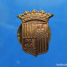 Pins de colección: PEQUEÑA INSIGNIA DE SOLAPA. ESCUDO DE MALLORCA. BALEARES.. Lote 180123137