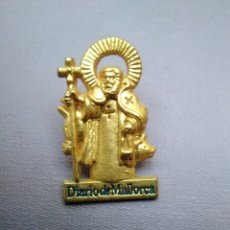 Pins de colección: PIN SANT ANTONI (DIARIO DE MALLORCA), SANT PATRÓN PUEBLOS DE MALLORCA. Lote 180135718