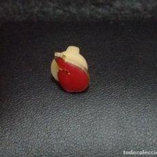 Pins de colección: PIN *DONA SANGRE* - BUEN ESTADO.. Lote 180148836