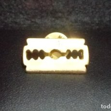 Pins de colección: PIN *HOJA DE AFEITAR* - BUEN ESTADO.. Lote 180148917