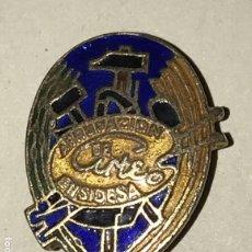 Pins de colección: ANTIGUA INSIGNIA DE LA AGRUPACION DE ARTE ENSIDESA, DE SOLAPA, MIDE 2,3 CMS. DE LONGITUD. Lote 180277980