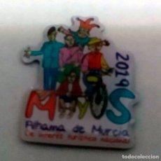 Pins de colección: PIN FIESTAS DE LOS MAYOS DE ALHAMA DE MURCIA (MURCIA) - AÑO 2019. Lote 181713955