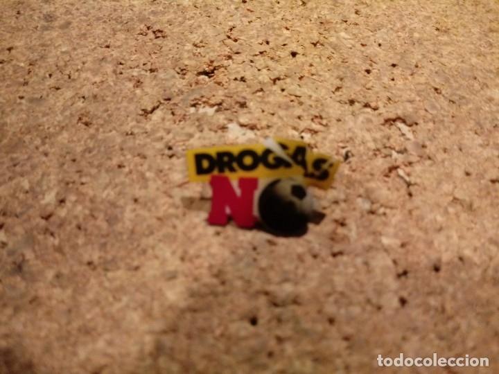 PIN DE DROGAS NO (Coleccionismo - Pins)