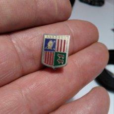 Pins de coleção: INSIGNIA ESCUDO HERALDICO ANDORRA. Lote 182680687