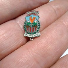 Pin's de collection: INSIGNIA ESCUDO HERALDICO RIPOLL. Lote 182680828