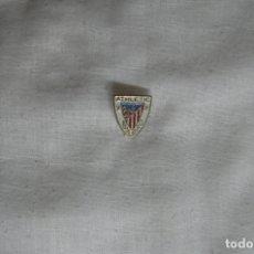 Pins de colección: PIN ANTIGUO ESCUDO EQUIPO FUTBOL ATLETICO BILBAO (ATHLETIC CLUB BILBAO DE SOLAPA O OJAL). Lote 182881475