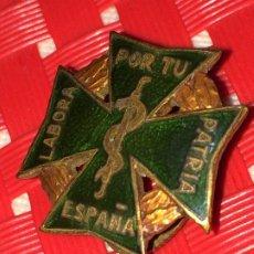 Pins de colección: LABORA POR TU PATRIA ESPAÑA - PIN DE FARMACIA - AÑOS 40 - EXCELENTE ESTADO - PIN DE SOLAPA. Lote 182902672
