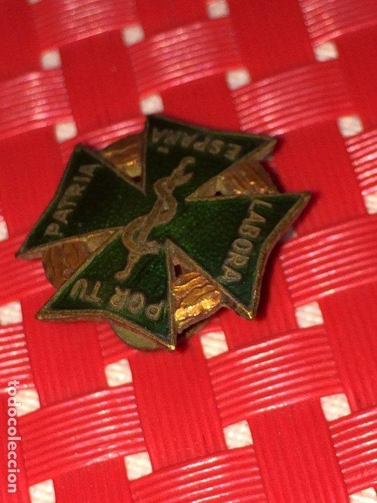Pins de colección: LABORA POR TU PATRIA ESPAÑA - PIN DE FARMACIA - AÑOS 40 - EXCELENTE ESTADO - PIN DE SOLAPA - Foto 3 - 182902672