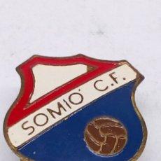 Pins de colección: PIN DE FUTBOL ESMALTADO SOMIO CF. Lote 183678916