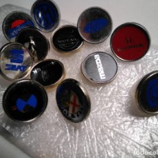 Pins de colección: PINS MARCAS DE COCHES AUTOMÓBILES (UNO CON LA PUA ROTA). Lote 184812747