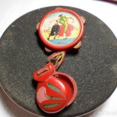 Pins de colección: MAGNIFICO ANTIGUO PIN DE AGUJA CON PANDERETA Y CASTAÑUELAS PINTADAS A MANO DE TAUROMAQUIA. Lote 185212352
