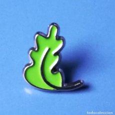 Pins de colección: PIN BIZKAIA. HOJA DE ROBLE. Lote 220954240