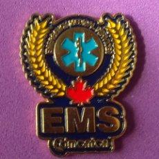 Pins de colección: PIN SERVICIO EMERGENCIAS MÉDICAS EDMONTON. CANADA. Lote 186317881