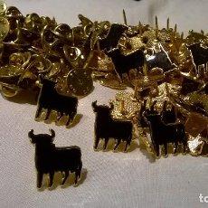 Pins de colección: 89 PINS TORO. Lote 187214410