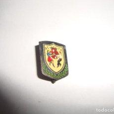 Pins de colección: ANTIGUA INSIGNIA PIN AGUJA AC FB. Lote 188763035