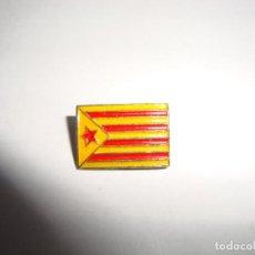 Pins de colección: ANTIGUA INSIGNIA PIN AGUJA ESTELADA. Lote 188763212