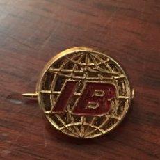 Pin's de collection: PIN IBERIA AÑOS 70. Lote 193902875