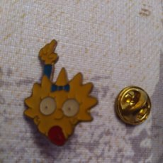 Pins de colección: PIN LISA DE LOS SIMPSONS. Lote 194237313